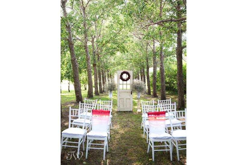calgary wedding photographer cherry decor tara whittaker photography