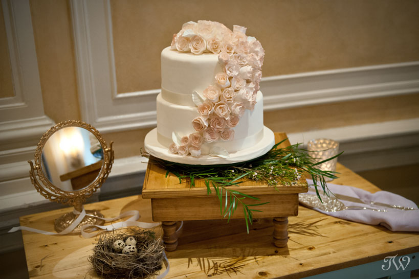 wedding cakes in calgary best wedding cakes calgary wedding photographer tara 24591