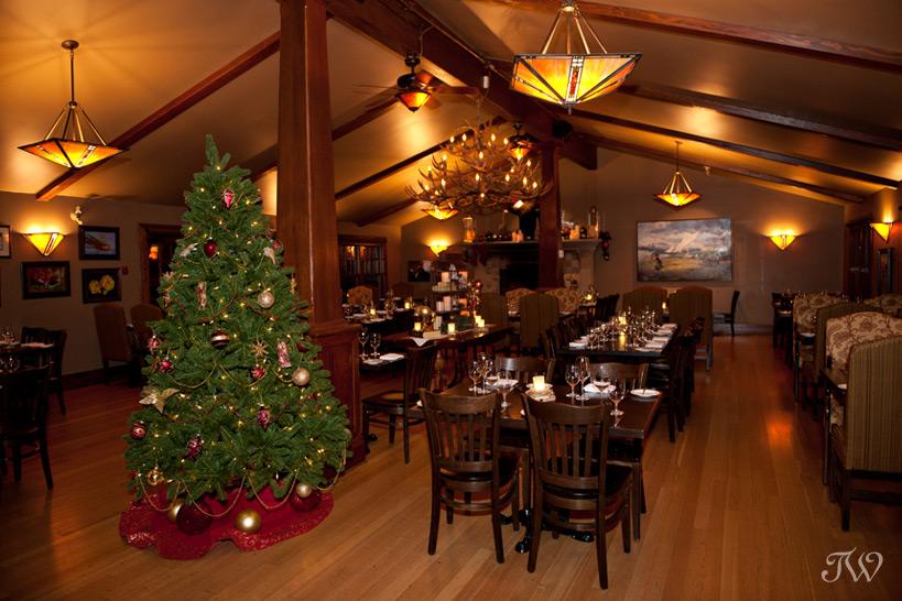 Christmas Decorating At Bow Valley Ranche Tara Whittaker Photography