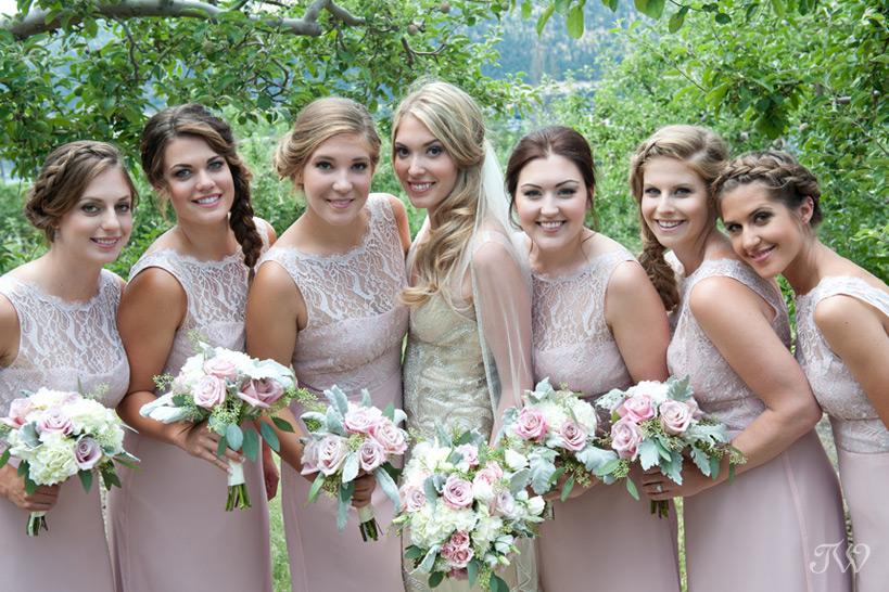 bridal-party-photos-Tara-Whittaker-Photography-10