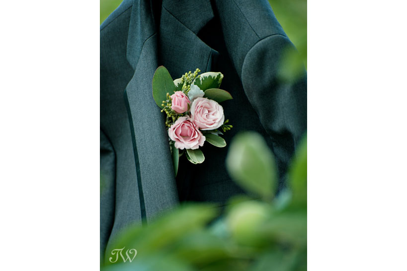 close-up of pink rose boutonniere captured by Tara Whittaker Photography