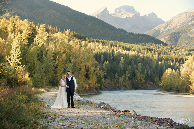Mountain bride and groom Fernie wedding photographs by Tara Whittaker Photography