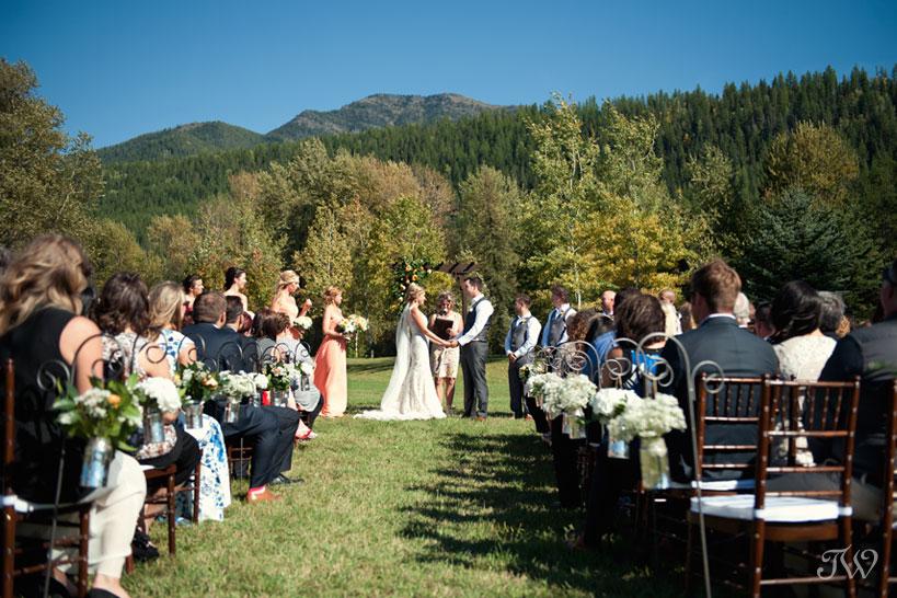 Fernie wedding ceremony captured by Tara Whittaker Photography
