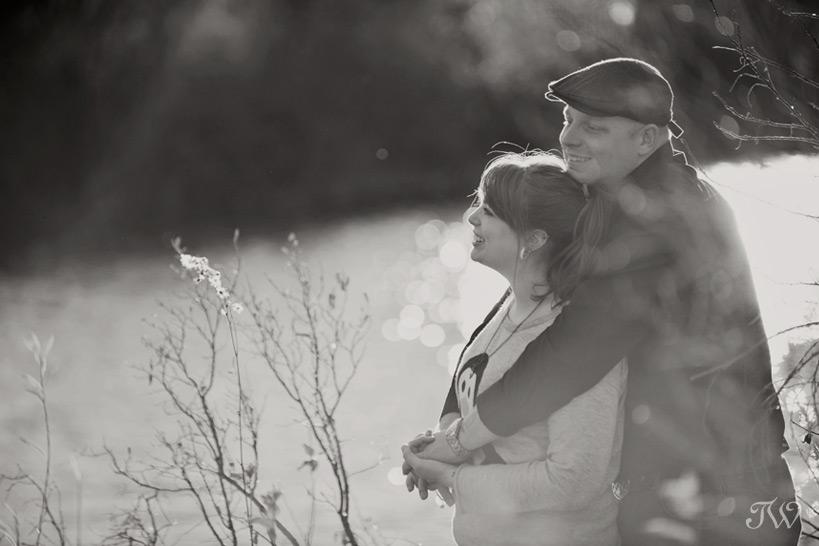 fish-creek-park-engagement-session-11