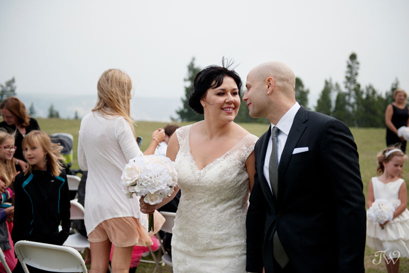 just married at Tunnel Mountain Reservoir captured by Tara Whittaker Photography