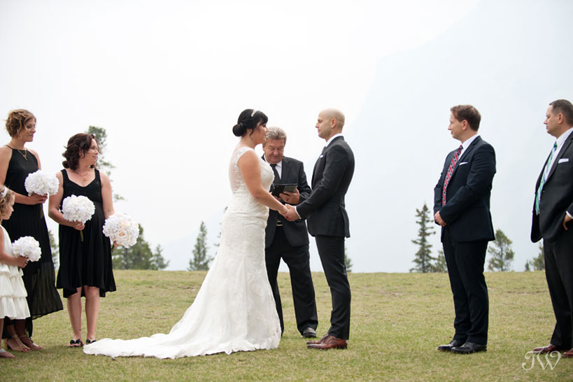 Wedding at Tunnel Mountain Reservoir captured by Tara Whittaker Photography