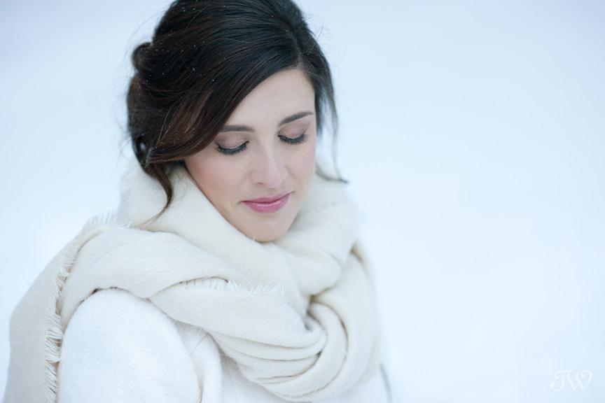 winter bride captured by Tara Whittaker Photography