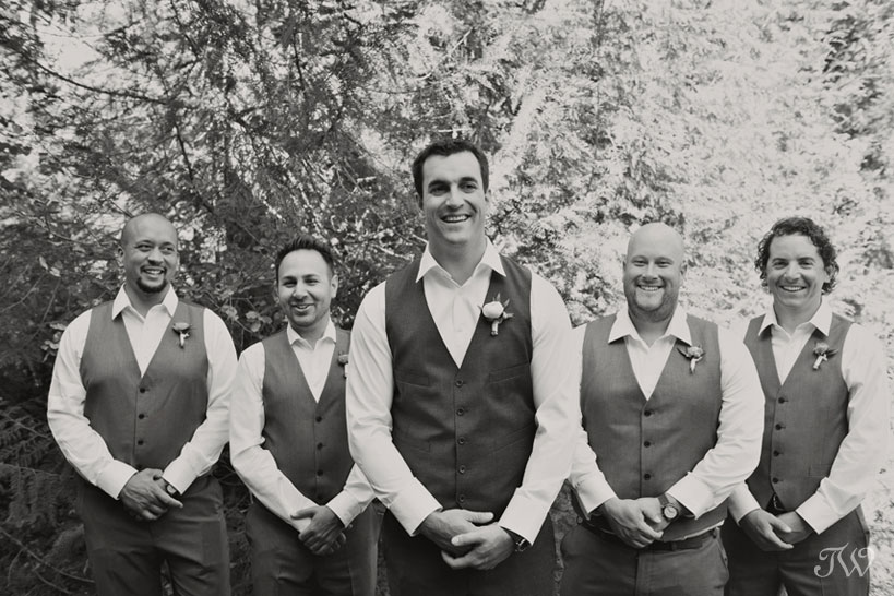 Groom and his groomsmen captured by Tara Whittaker Photography