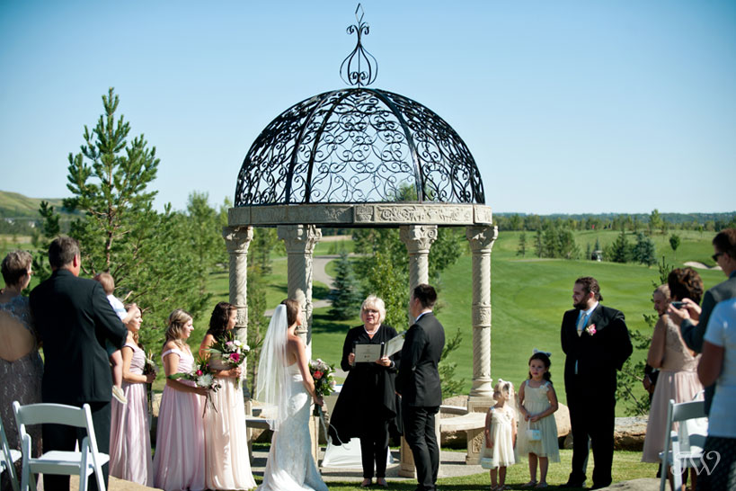 Ceremony at Blue Devil Golf Club captured by Tara Whittaker Photography