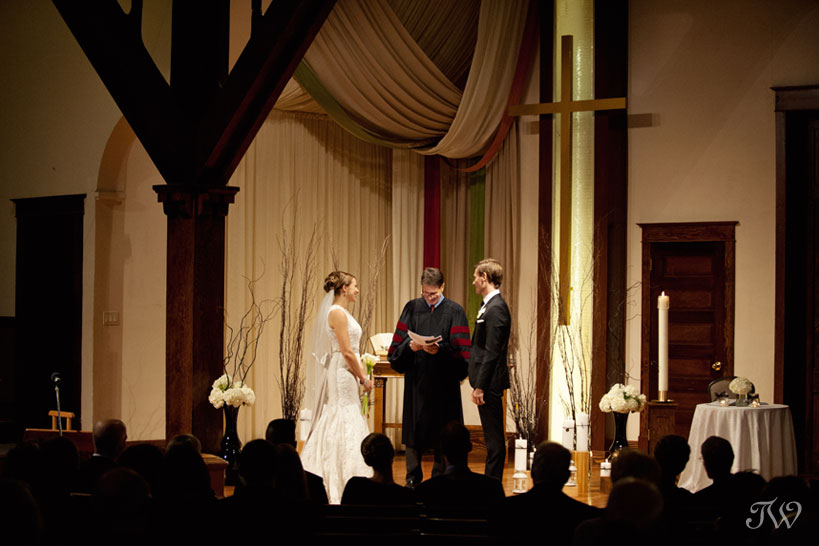 wedding ceremony at Hillhurst United Church captured by Tara Whittaker Photography