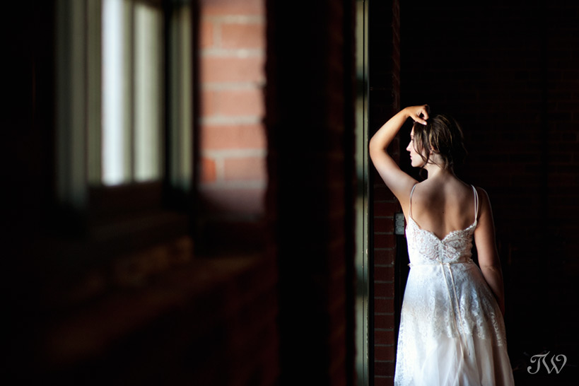bridal portrait by Calgary wedding photographer Tara Whittaker