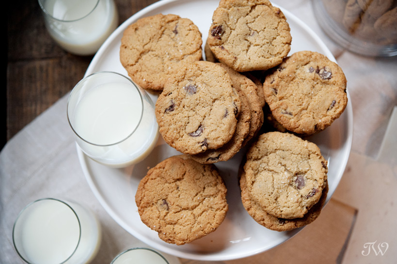cookie bar at a Charbar wedding captured by Tara Whittaker Photography