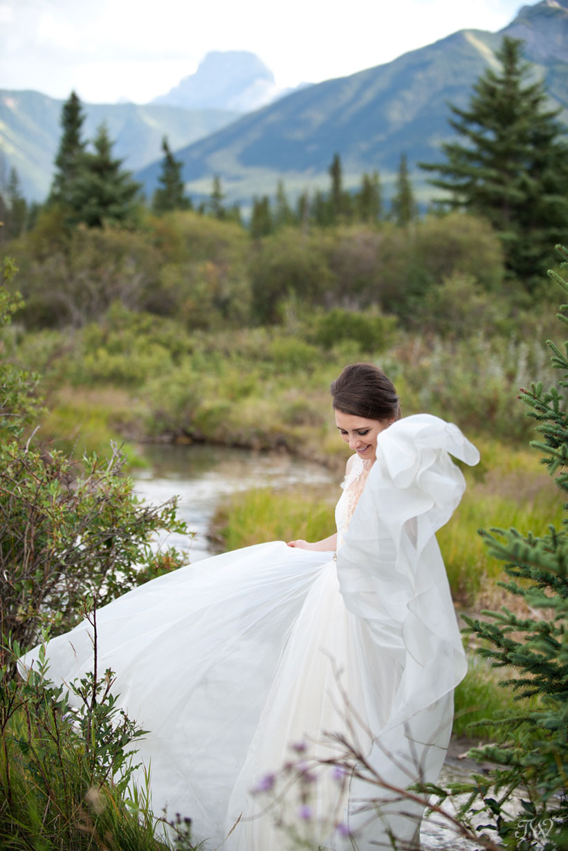 bride wearing Leanne Marshall gown captured by Calgary wedding photographer Tara Whittaker