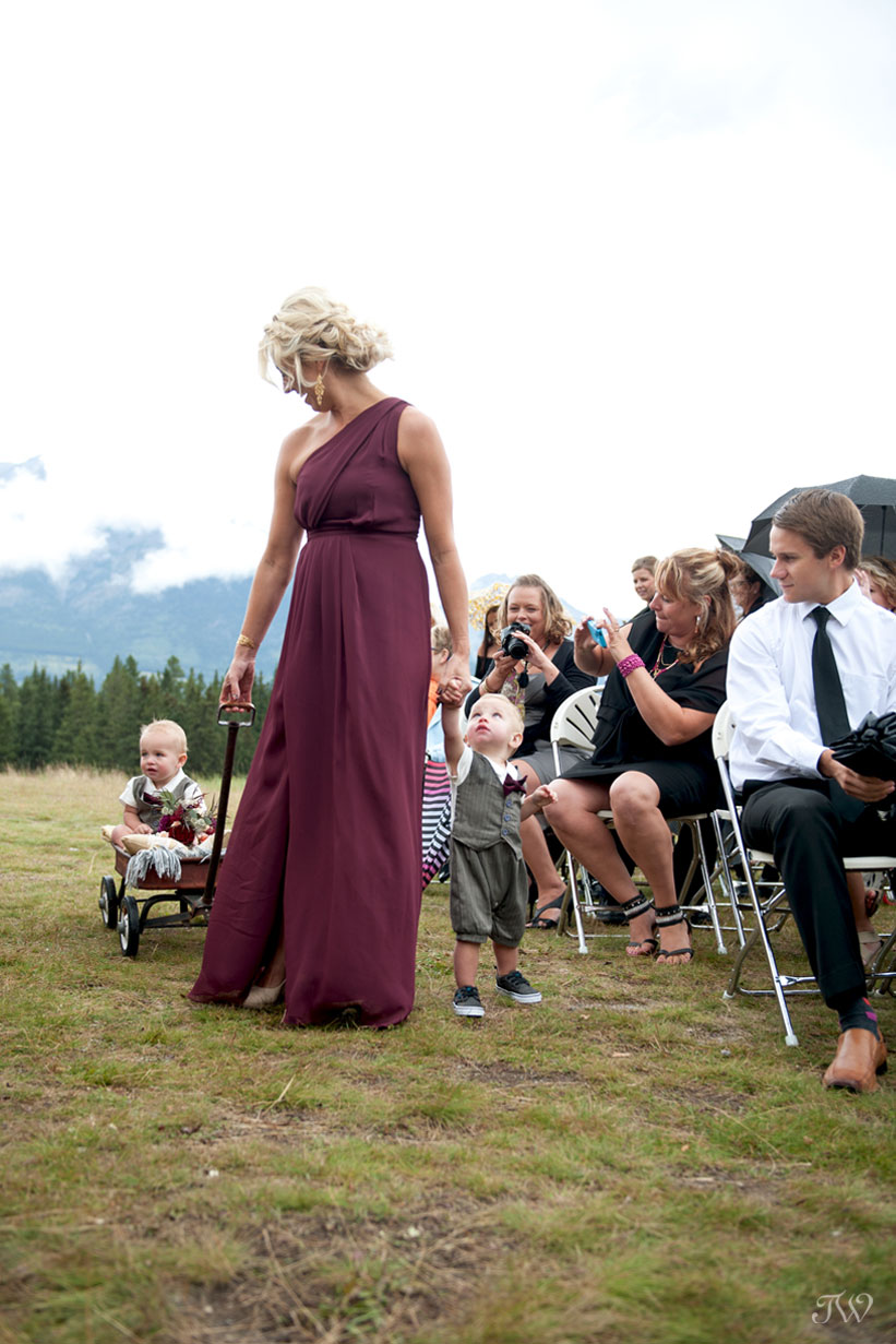 cute ringbearers at Quarry Lake wedding captured by Tara Whittaker Photography