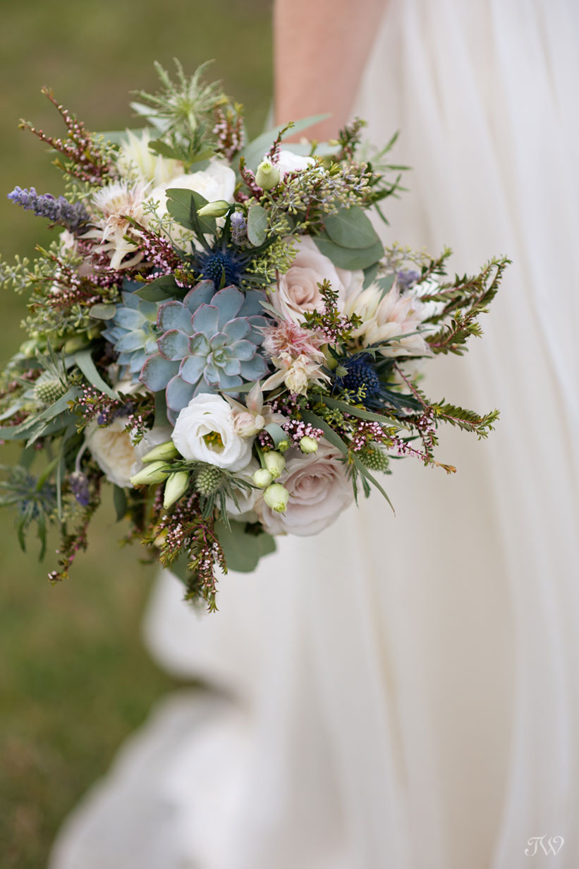 2016 bridal bouquets with succulents for a Canmore bride captured by Tara Whittaker Photography