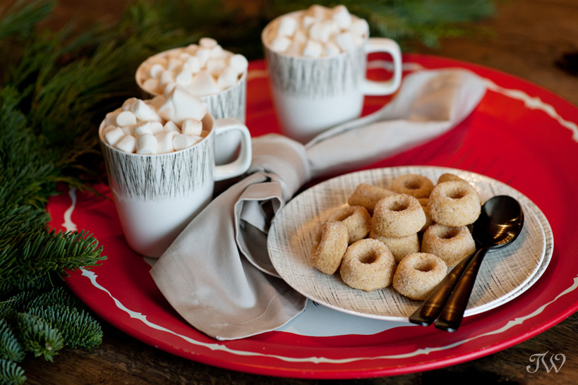 Hot chocolate and donuts for a mid century modern Christmas captured by Tara Whittaker Photography