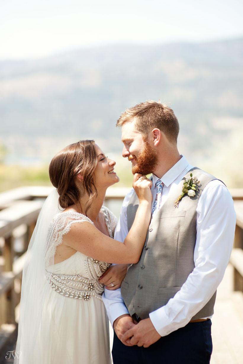 Kelowna wedding photos on Okanagan Lake captured by Tara Whittaker Photography