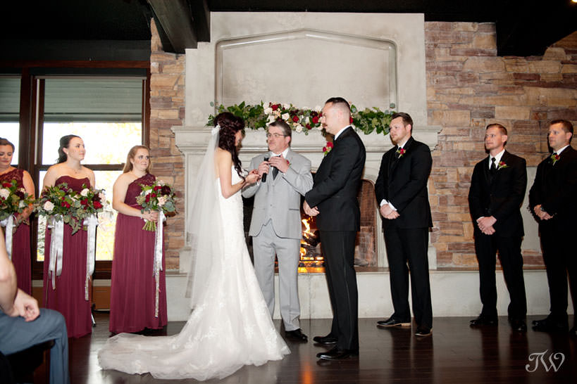 wedding ceremony at a Lake House wedding captured by Calgary wedding photographer Tara Whittaker
