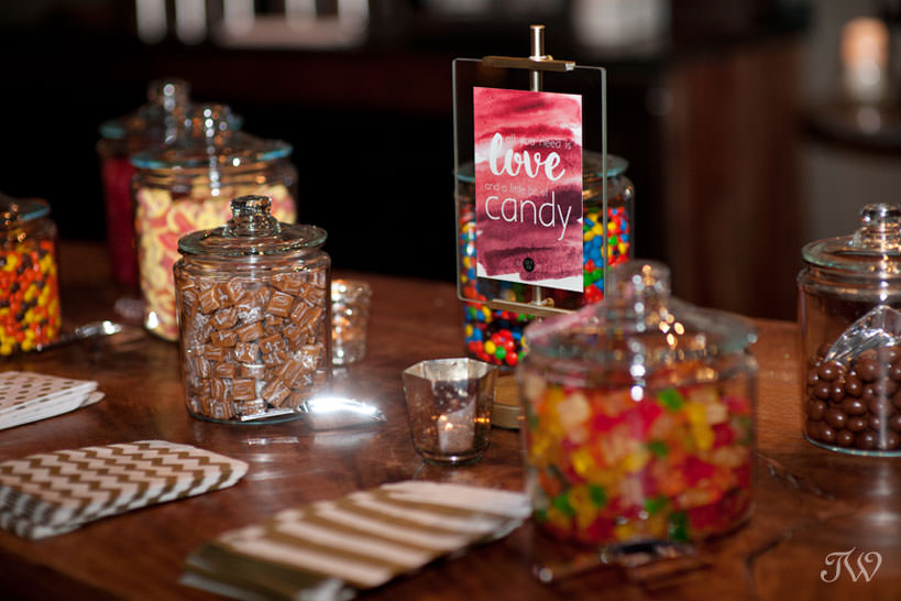 candy bar at a Lake House wedding captured by Calgary wedding photographer Tara Whittaker