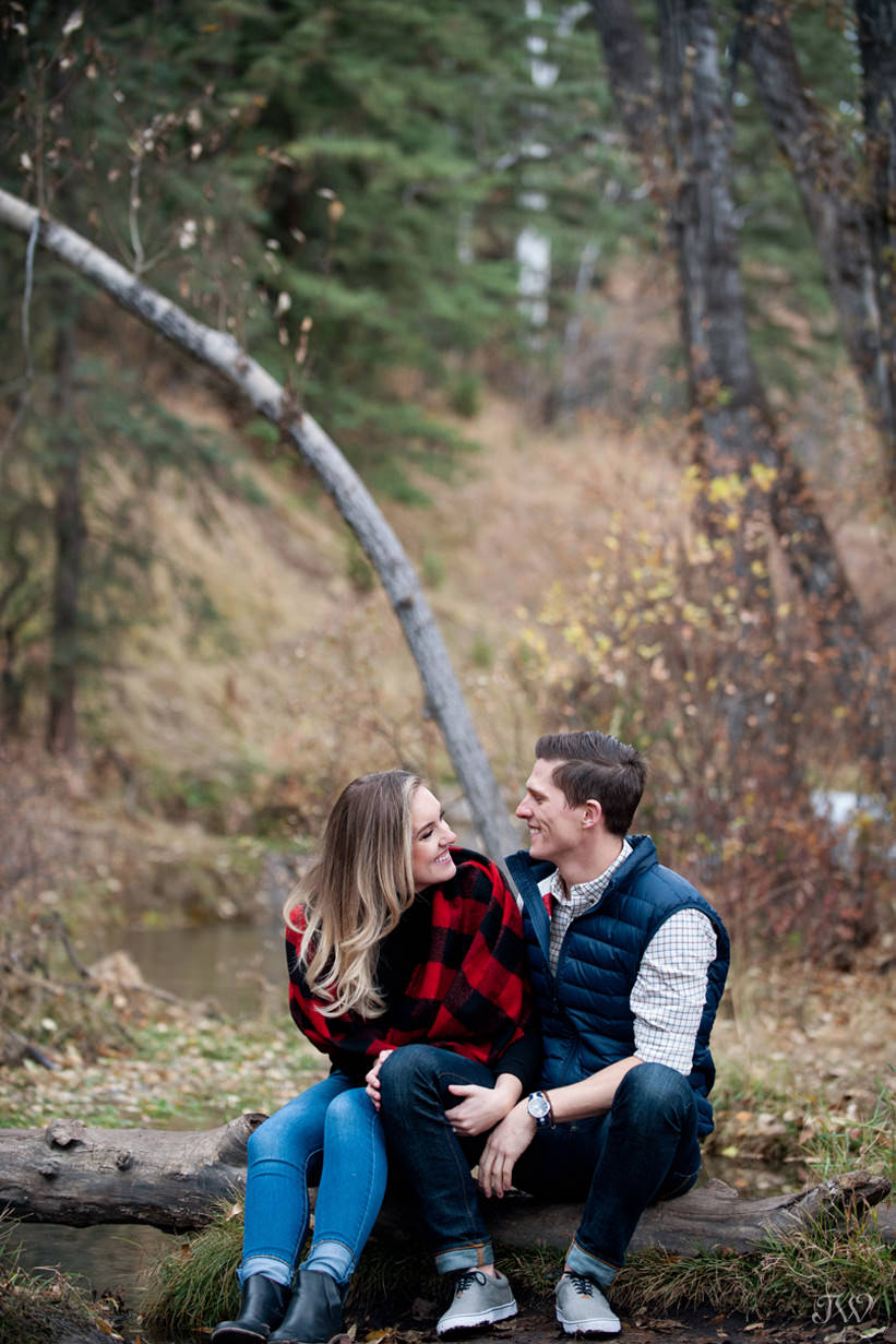 Justine & Geoff's Big Hill Springs engagement session captured by Tara Whittaker Photography