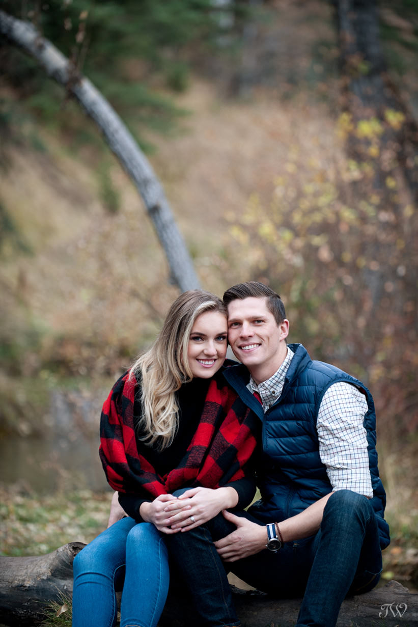Couple during their Big Hill Springs engagement session captured by Tara Whittaker Photography