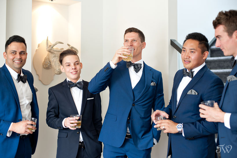 Groom with his groomsmen captured by Calgary wedding photographer Tara Whittaker