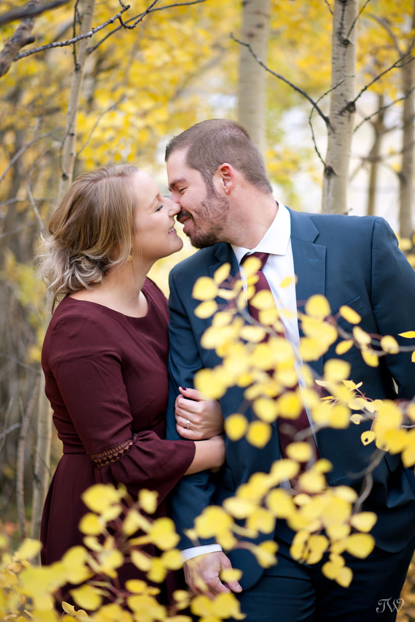 fall foliages makes the perfect backdrop for an engagement session with Tara Whittaker Photography